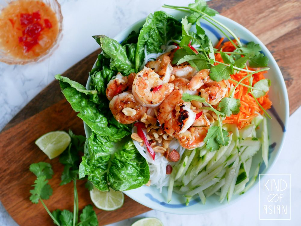 Vietnamese Rice Noodle Salad With Shrimp, lettuce and cucumber