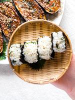 Vegan Japanse rijstballetjes onigiri