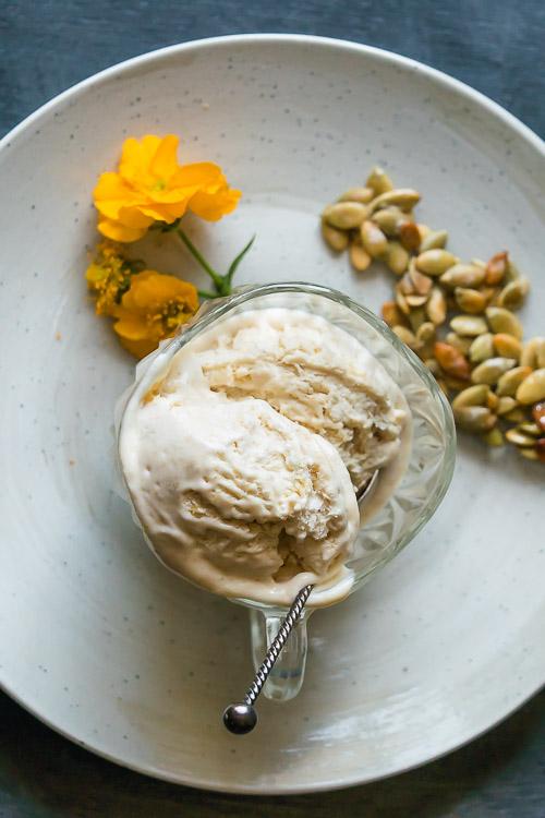 Vegan zomer dessert: citroenijs zonder ei en zuivel