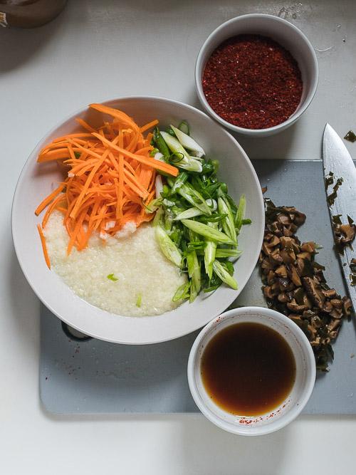 Vegetarische kimchi pasta