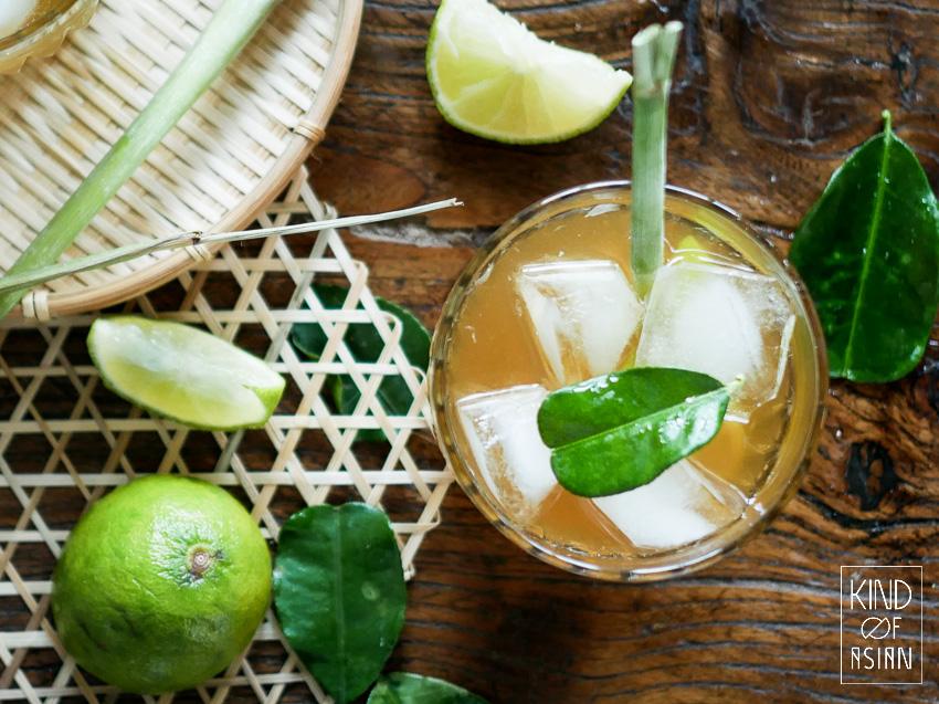 3x verrassend lekkere Aziatische zomerdrankjes: limonade met citroengras, zoete smoothie met avocado en mocktail met Thaise basilicum.