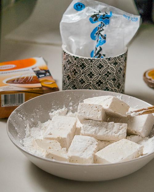 Tofu paneren met glutenvrij meel